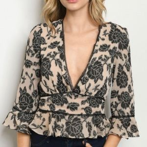 NWT Floral Peplum Blouse with flouncy sleeves